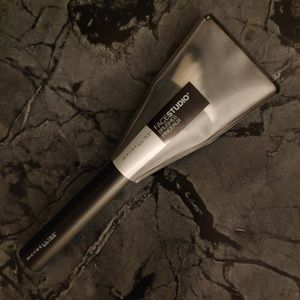Maybelline Contour Brush